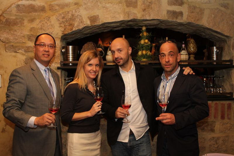 Joe Bastianich and His Wife http://bastianichwinery.typepad.com/the_buzz/page/4/
